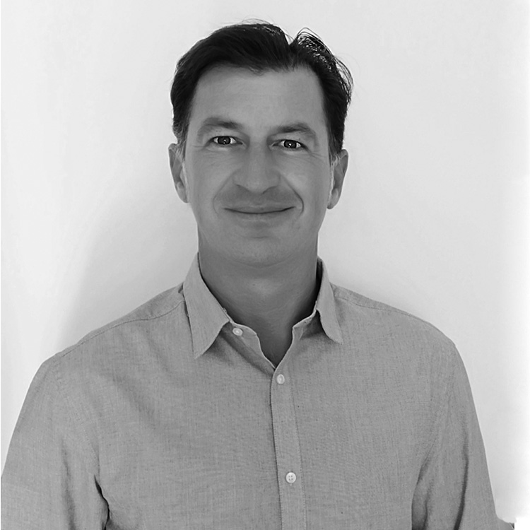 Arenc Shalsi, Director DMC